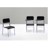 cadeira universitária com prancheta Ibirapuera