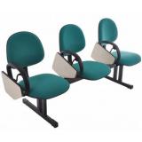 cadeira universitária estofada com prancheta