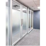 divisória para escritório piso teto de vidro Jabaquara