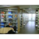 móveis para biblioteca Jardim América
