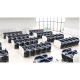 conjunto de móveis para escritório